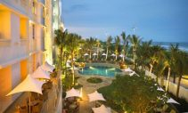 Suncoast Hotel & Towers Pool